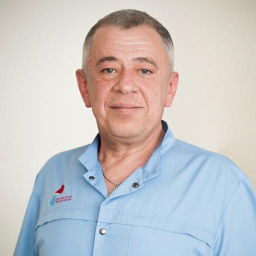 Кудряшов Игорь Евгеньевич, зав.отделением, стаж 28 лет