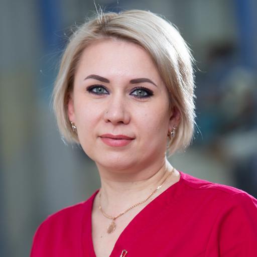 Пряничникова Юлия Михайловна, медсестра, стаж 19 лет