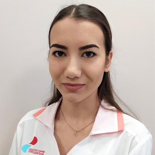 Хисматуллина Эльвира Айратовна, медсестра, стаж 3 года