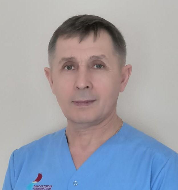 Петр Степанович Миронов, инженер, стаж 42 года